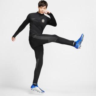 Training top Nike Aeroadapt Strike